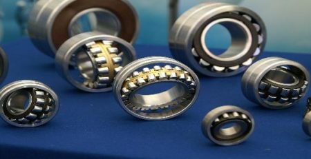 Sprockets, chains and oiled bearings